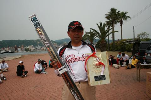 チヌの部優勝は周南市の中村圭吾さん