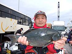 西嵜育志さん43.6cm