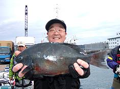 石田寿さん42.2cm